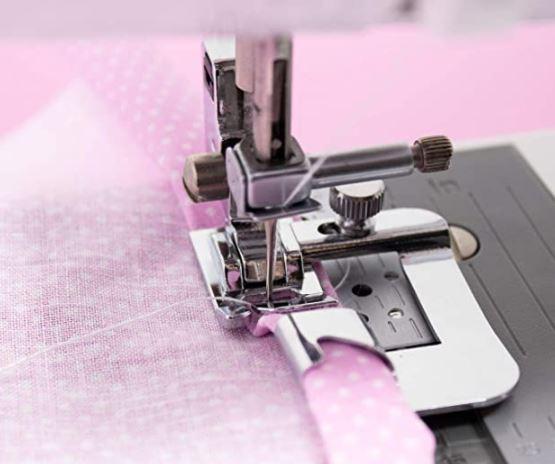 3 Sewing Machine Presser Feet to Consider